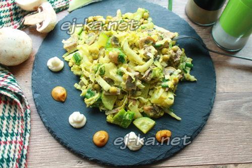 салат из пекинской капусты и свиным языком