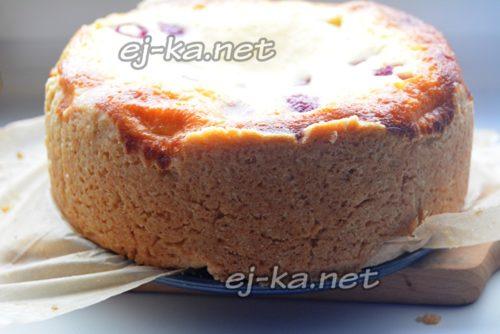достать пирог из формы
