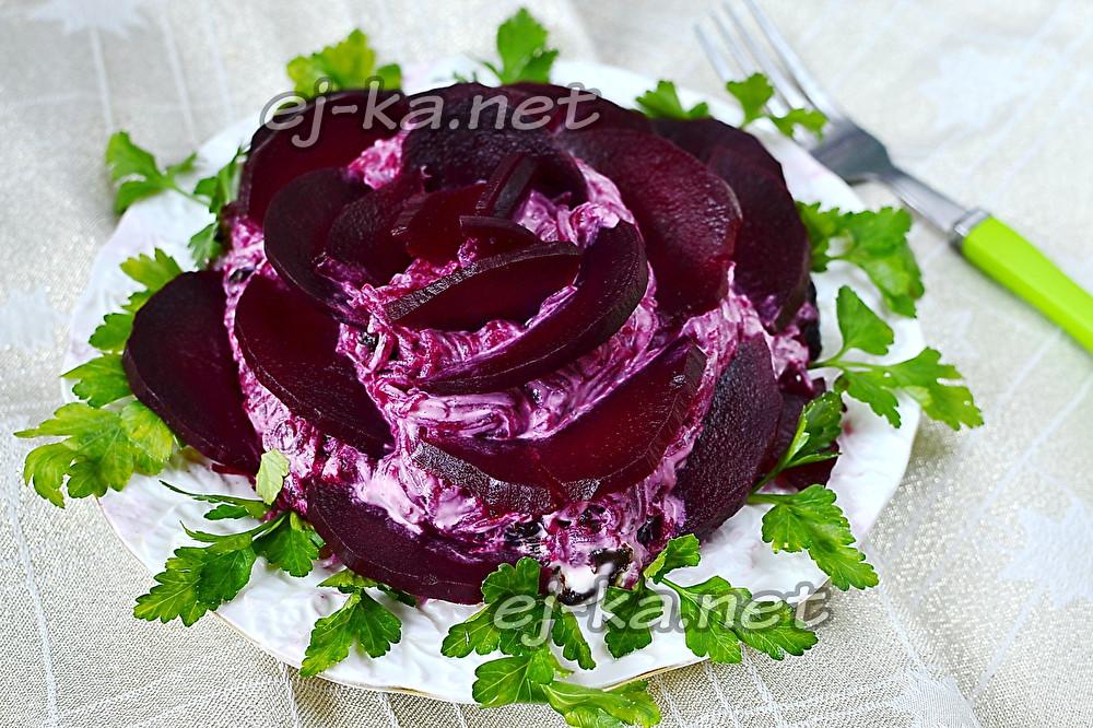 """Салат """"Черная роза"""""""