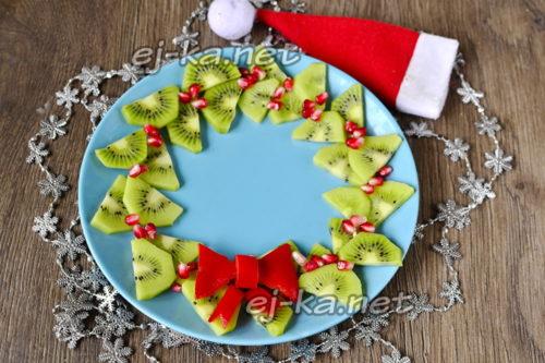 фруктовый венок на Новый год