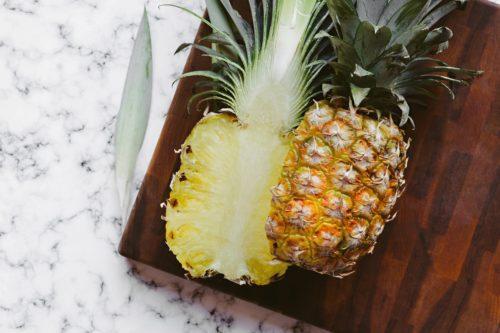 Советы по выбору спелого и сладкого ананаса в магазине