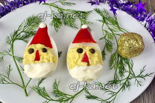 фаршированные яйца дед мороз