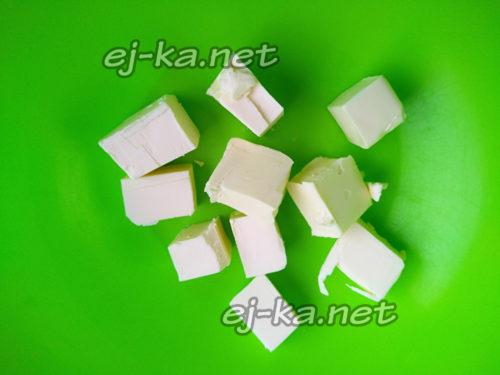нарезать масло кубиками