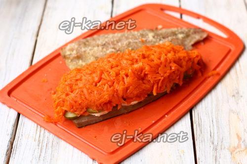 сверху морковь