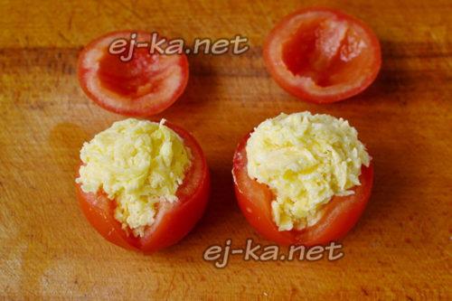 наполнить помидоры