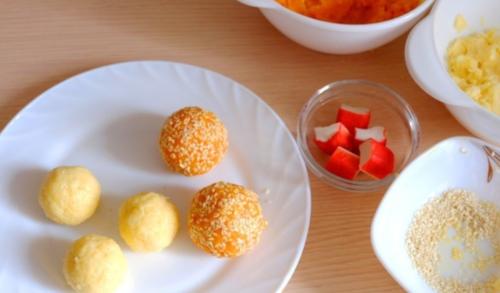 Закуска «Сырные шарики» с крабовыми палочками