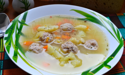 Рецепт супа с фрикадельками и цветной капустой