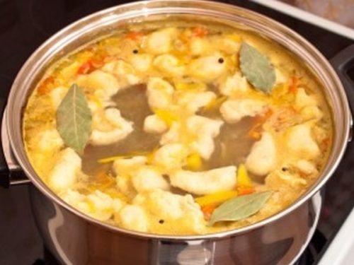 Суп с галушками и говядиной