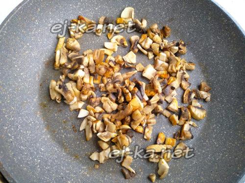 подсушить грибы на сковороде