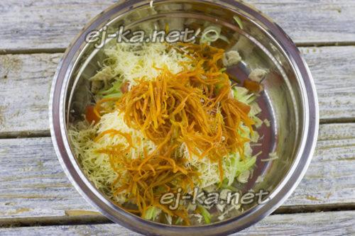 добавить морковь по-корейски