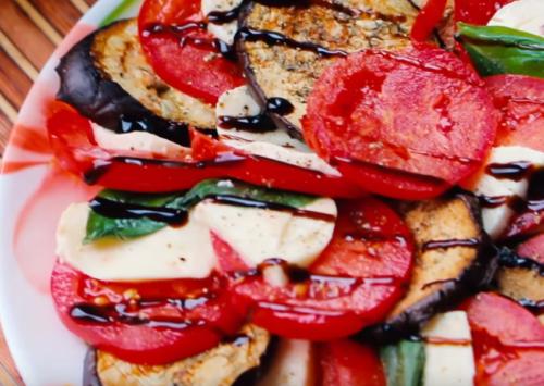 Нарезка – салат с запеченными баклажанами