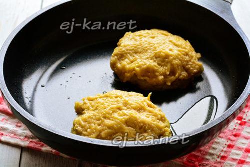 прикрыть фарш картофелем