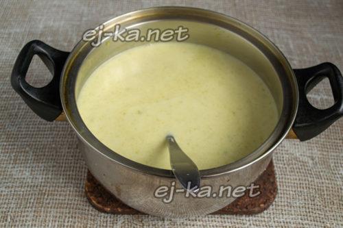 размешать суп