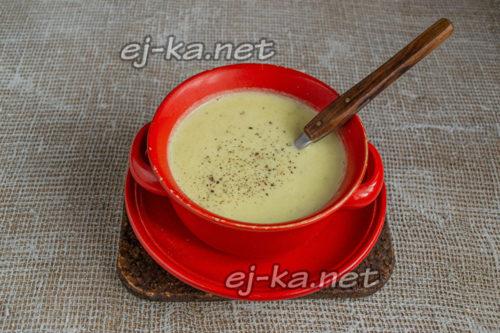 суп из сельдерея готов