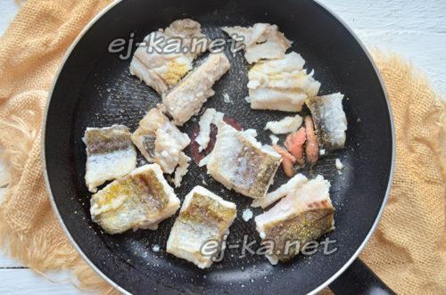 добавить специи к рыбе