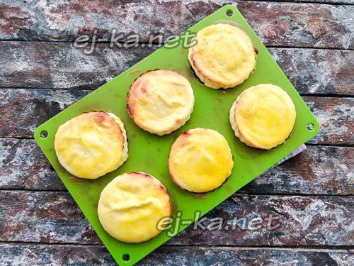 испечь сырники в духовке