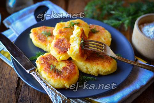 картофельные котлеты готовы