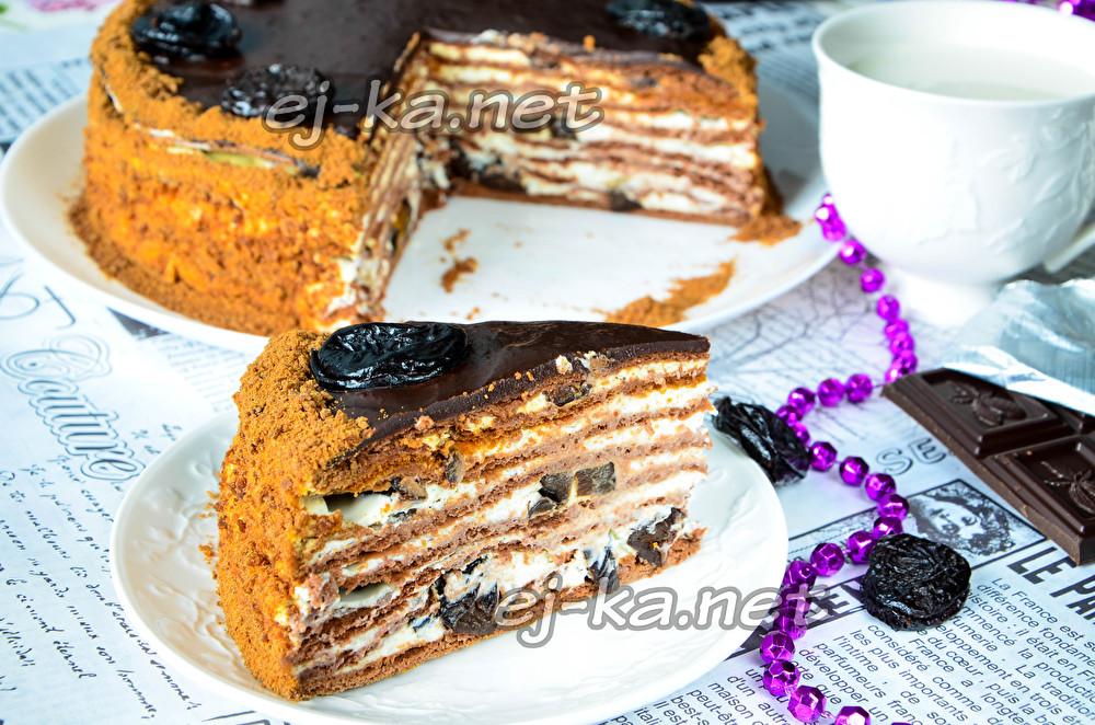 медовик «Чернослив в шоколаде»