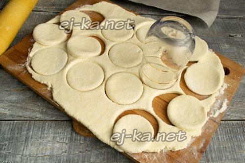 вырезать круглые печенья