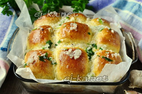 вкусные чесночные булочки