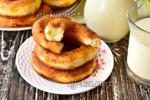 пончики на кефире готовы