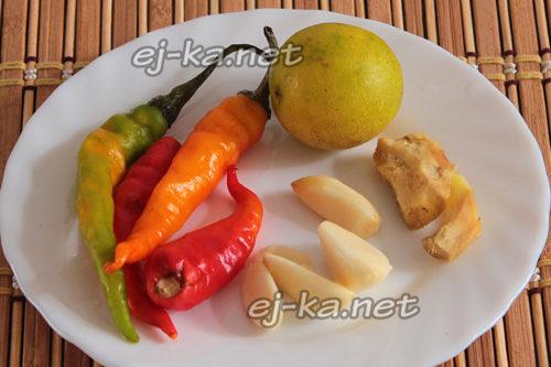 подготовить лайм, перец, чеснок и имбирь