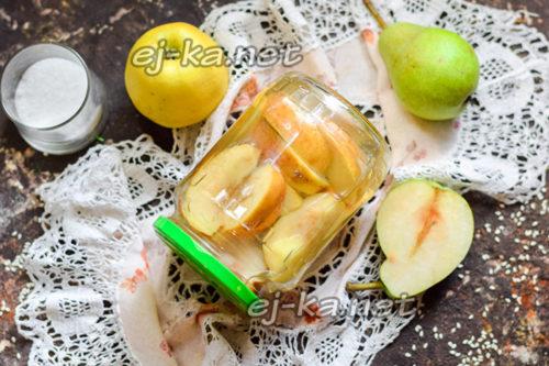 грушевый компот с яблоками