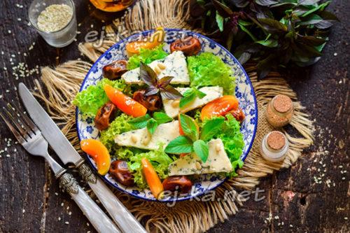 салат фруктово-сырный