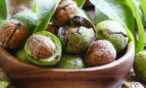 hranenie zelenyh orehov
