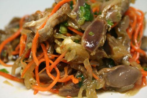 Салат из куриных желудков – 7 рецептов || Салат из желудков куриных с огурцом
