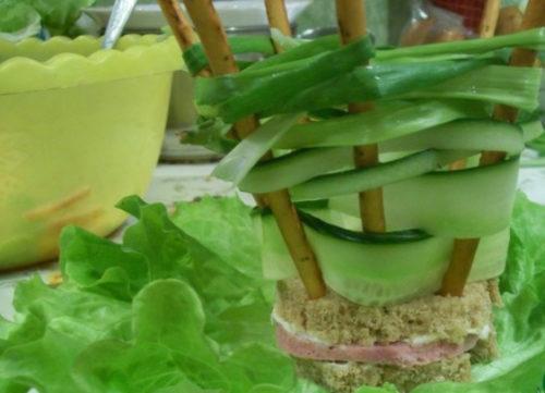 Лукошко из зеленого лука