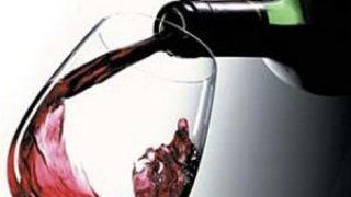 Миниатюра к статье Правила подачи алкогольных напитков или что к чему подают?