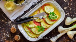 запеченные кабачки с моцареллой и помидорами