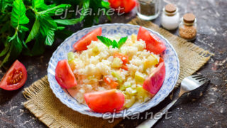 тушеные кабачки с рисом и овощами