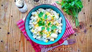 Салат курица, ананас, майонез