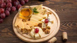 Сырная тарелка: состав сыров