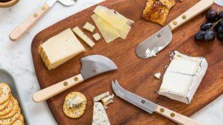 Виды ножей для сыра разных сортов
